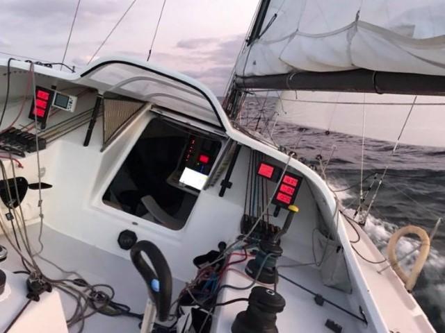 Emmanuel Le Roch navigation en Class40 Route du Rhum 2018